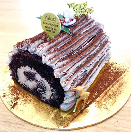 log-cake-2015-decies-vegan-log-cake